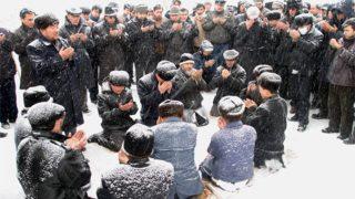 中国共産党がイスラム教徒の葬儀に介入