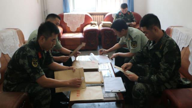 中国人民武装警察部隊 の第九現役部隊の保安課は、新兵の政治的評価の見直しを実施している。