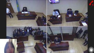 法廷審問をとらえた画像