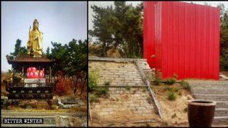 園明寺の仏像が赤い亜鉛鉄板で覆われた。